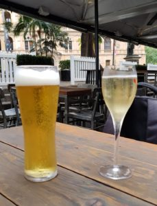 Refreshing refreshments, Customs House Bar, Macquarie Place, Sydney