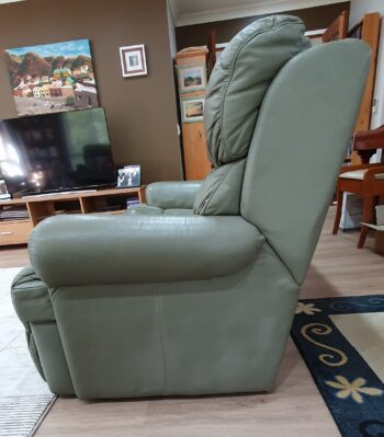 3-seater lounge - left hand end